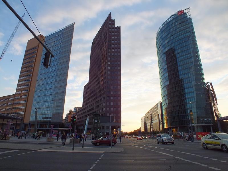 The Wall - Postdamer Platz