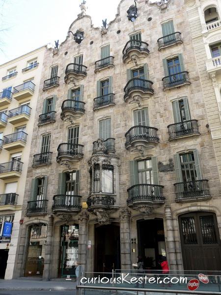 Casa Calvet - Gaudí's Barcelona