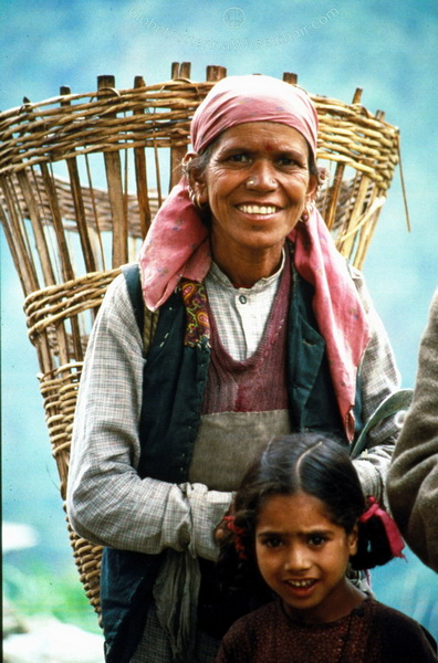 Woman with daughter from Nepal