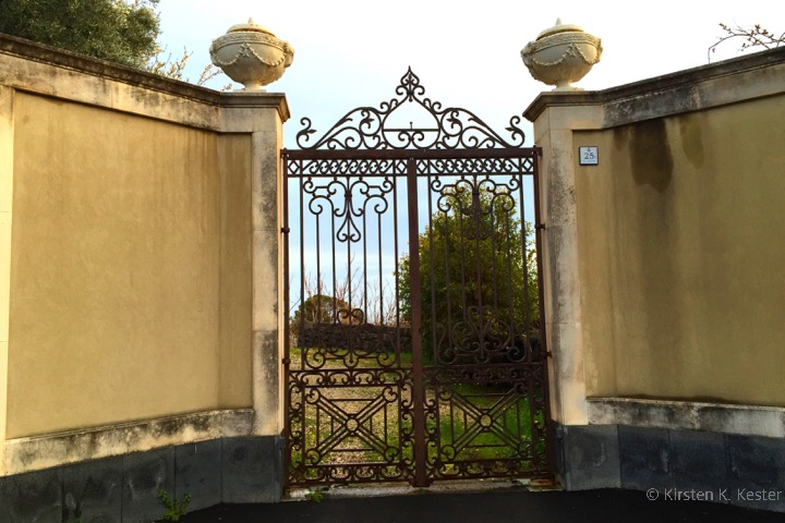 Beautiful details by gate in Ragalna © curiousKester.com | Kirsten K. Kester